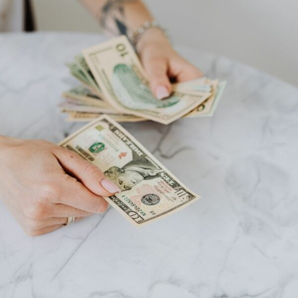Tips for Investing While on a Budget